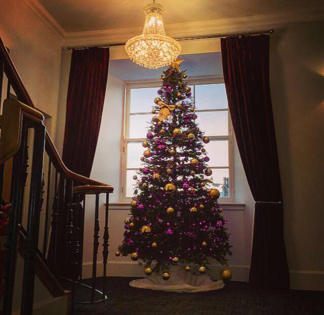 Crown Court Apartments: A Traditional Scottish Christmas At Ardconnel Court