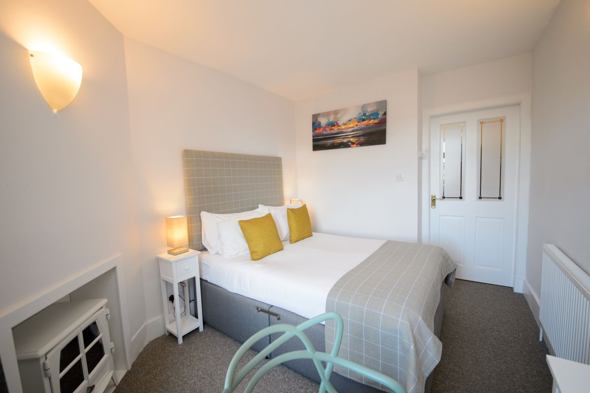 Ardconnel Court Apartment 48a Accommodation Inverness ...